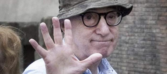 Un hombre es detenido por tratar de agredir con una silla a Woody Allen durante un rodaje