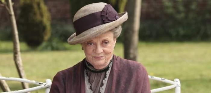Maggie Smith recibe un prestigioso galard�n de Isabel II por su carrera como actriz