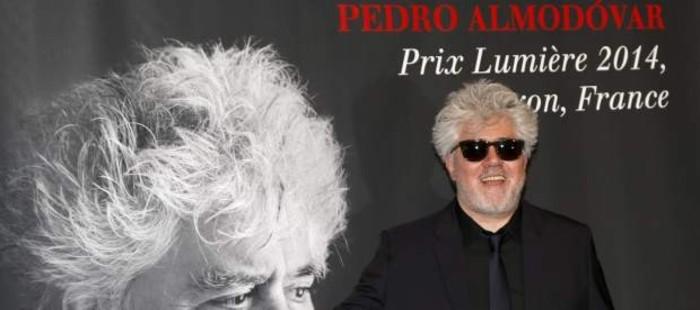 Pedro Almod�var anuncia que ha comenzado a preparar su pr�xima pel�cula