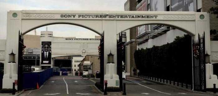 Sony busca otras plataformas para proyectar 'The Interview', suspendida tras un ciberataque