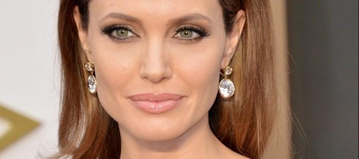 Marvel propone a Angelina Jolie dirigir su pr�xima pel�cula de superh�roes, 'Captain Marvel'