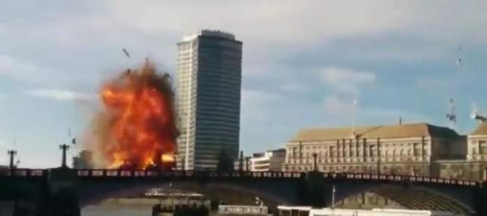 Una explosi�n en el rodaje de una pel�cula de Jackie Chan provoca el p�nico en Londres