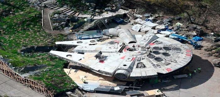 Star Wars Episodio 8: Primeras im�genes del Halc�n Milenario en la esperada secuela
