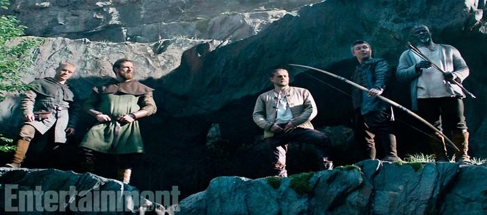 El Rey Arturo: Primera imagen de grupo con Charlie Hunnam al frente