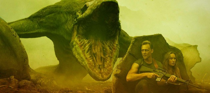 Skull Island: Brie Larson y Tom Hiddleston ante uno de los monstruos