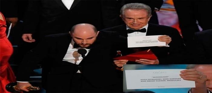 Oscar 2017: Moonlight se alza como la mejor película a pesar de Warren Beaty y Faye Dunaway