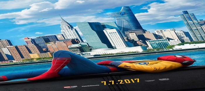 Spiderman Homecoming: Nuevo cartel con Peter Parker relajándose frente a Manhattan