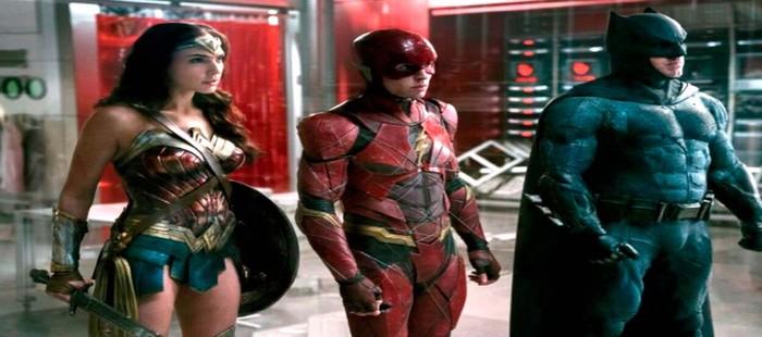 La Liga de la Justicia: Nueva imagen con tres de los protagonistas en una nueva ubicación