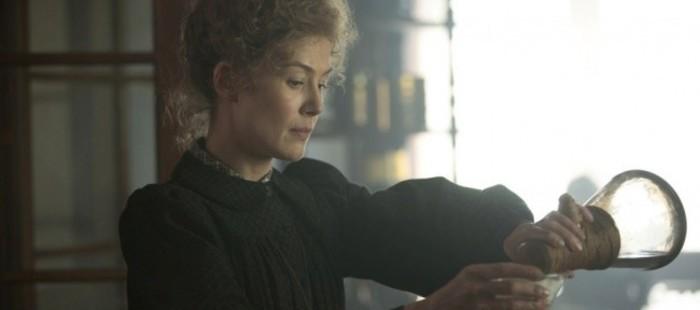 Pionera. Genio. Rebelde. Rosamund Pike es Marie Curie