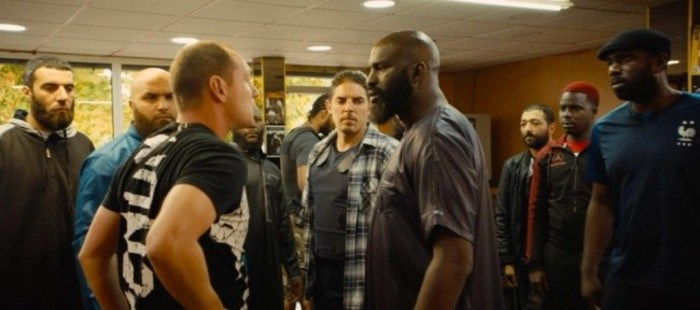 Abe Forsythe sustituye a Neill Blomkamp como director de 'RoboCop Returns'