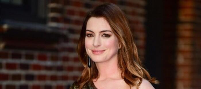 Anne Hathaway protagonizará para Amazon la adaptación de 'The Idea of You'