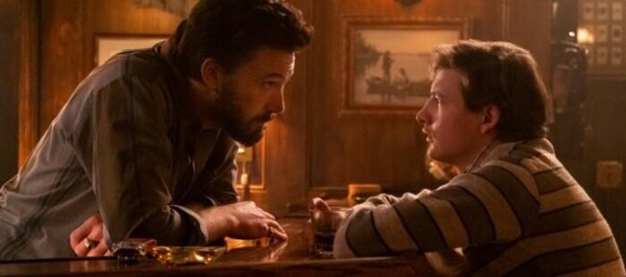 Tráiler de 'The Tender Bar', el bar de las grandes esperanzas de George Clooney y Ben Affleck